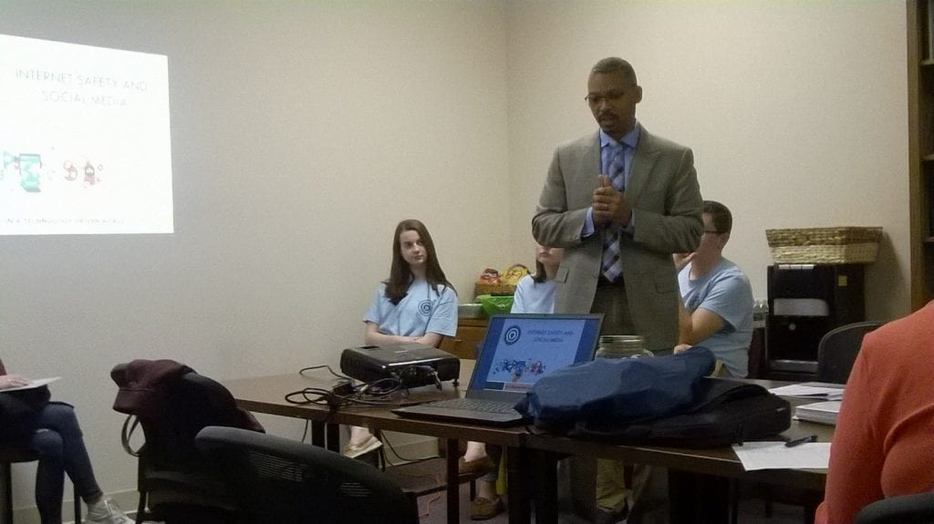 Photo: Tony Simmons presenting at the Social Media Safety workshop